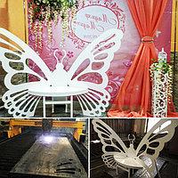 Бабочка для местного свадебного салона