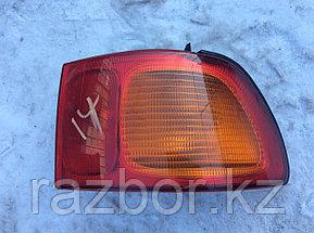 Фонарь задний правый Toyota Ipsum