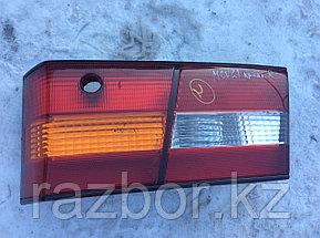 Фонарь в крышку багажника правый Windom / Lexus ES (20)