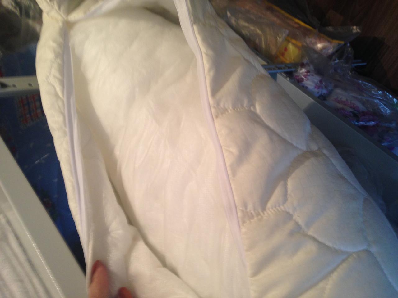 Подушка стеганая 70*70