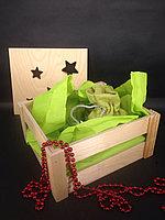 Деревянная коробка для подарка с резной крышкой