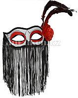 Венецианская маска Коломбина с бахромой и перьями