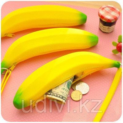 Силиконовый пенал Banana.