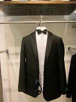 Прокат смокингов,мужских костюмов в Алматы дешево ул Валиханова83( Красина), уг Богенбай батыра