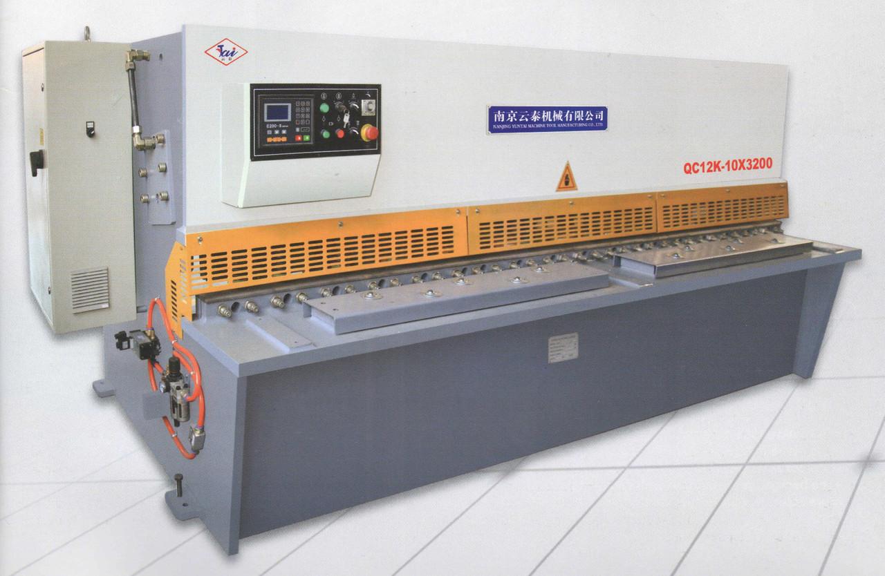 Гильотина QC12Y-8*2500 гидрав. (Yuntai)