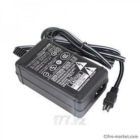 Сетевой Адаптер Sony AC-L200C