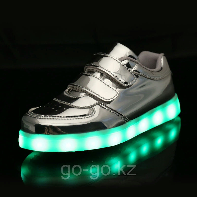 LED Кроссовки детские со светящейся подошвой, серебро низкие - фото 2