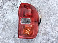 Фонарь задний правый Toyota RAV4 2000-2005, фото 1