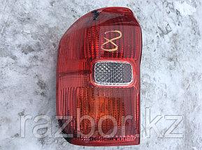 Фонарь задний левый Toyota RAV4 2000-2005