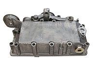 Корпус масляного радиатора на DEUTZ BF4M1013