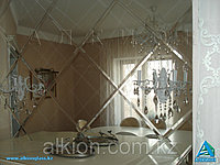 Зеркальное панно ромбами
