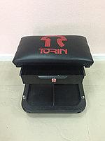 Стул автослесаря (с инструментальной полкой) TR6301 TORIN