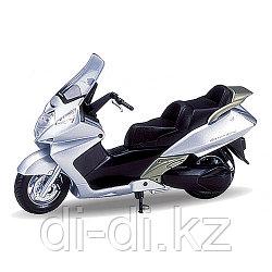 Игрушка модель мотоцикла 1:18  Honda Silver Wing