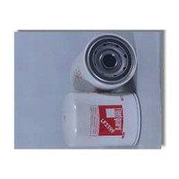 Масляный фильтр Fleetguard LF3399