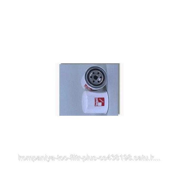 Масляный фильтр Fleetguard LF3435