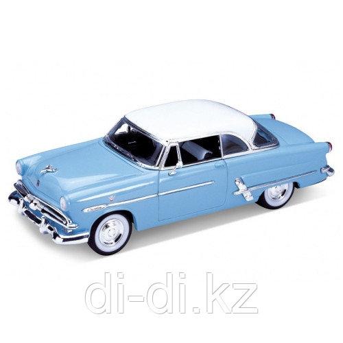 Игрушка модель винтажной машины 1:24 Ford Victoria 1953