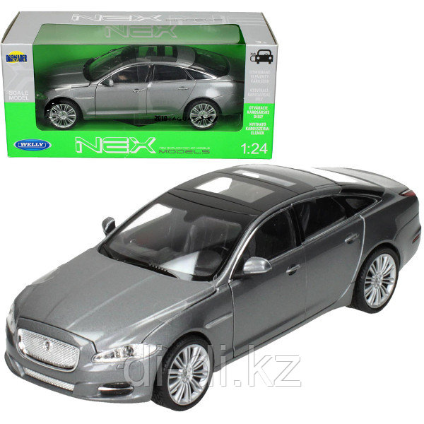 Игрушка модель машины 1:24 Jaguar XJ