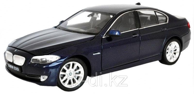 Игрушка модель машины 1:24 BMW 535I