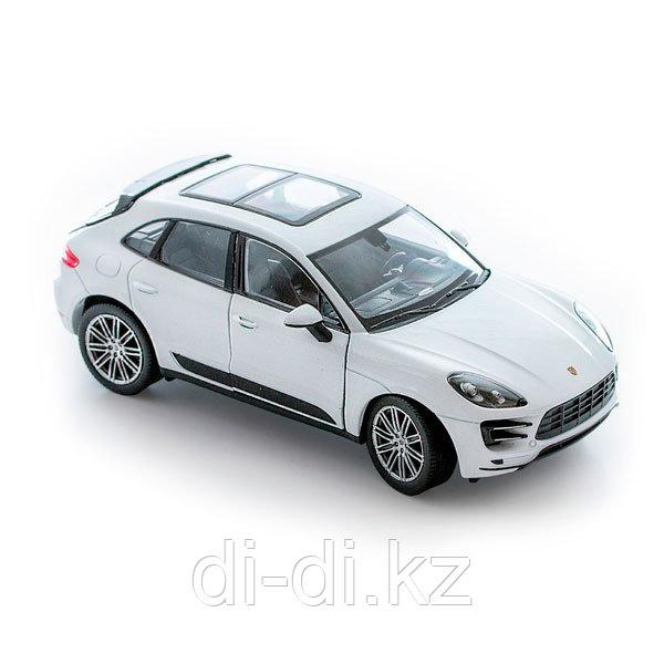 Игрушка модель машины 1:24 Porsche Macan Turbo