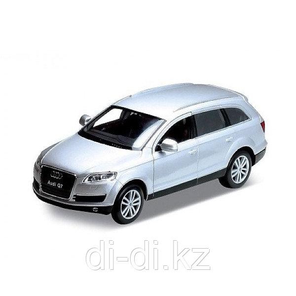 Игрушка модель машины 1:32 Audi Q7