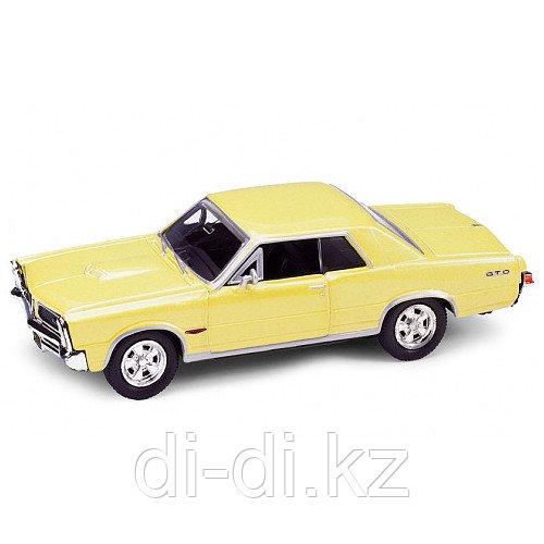 Игрушка модель винтажной машины 1:34-39 Pontiac GTO 1965
