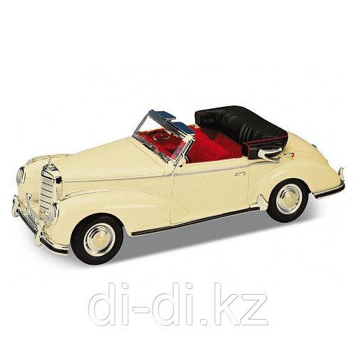 Игрушка модель винтажной машины 1:34-39 Mercedes-Benz 300S 1955