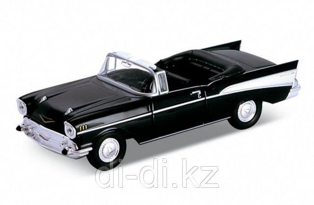 Игрушка модель винтажной машины 1:34-39 Chevrolet Bel Air 1957
