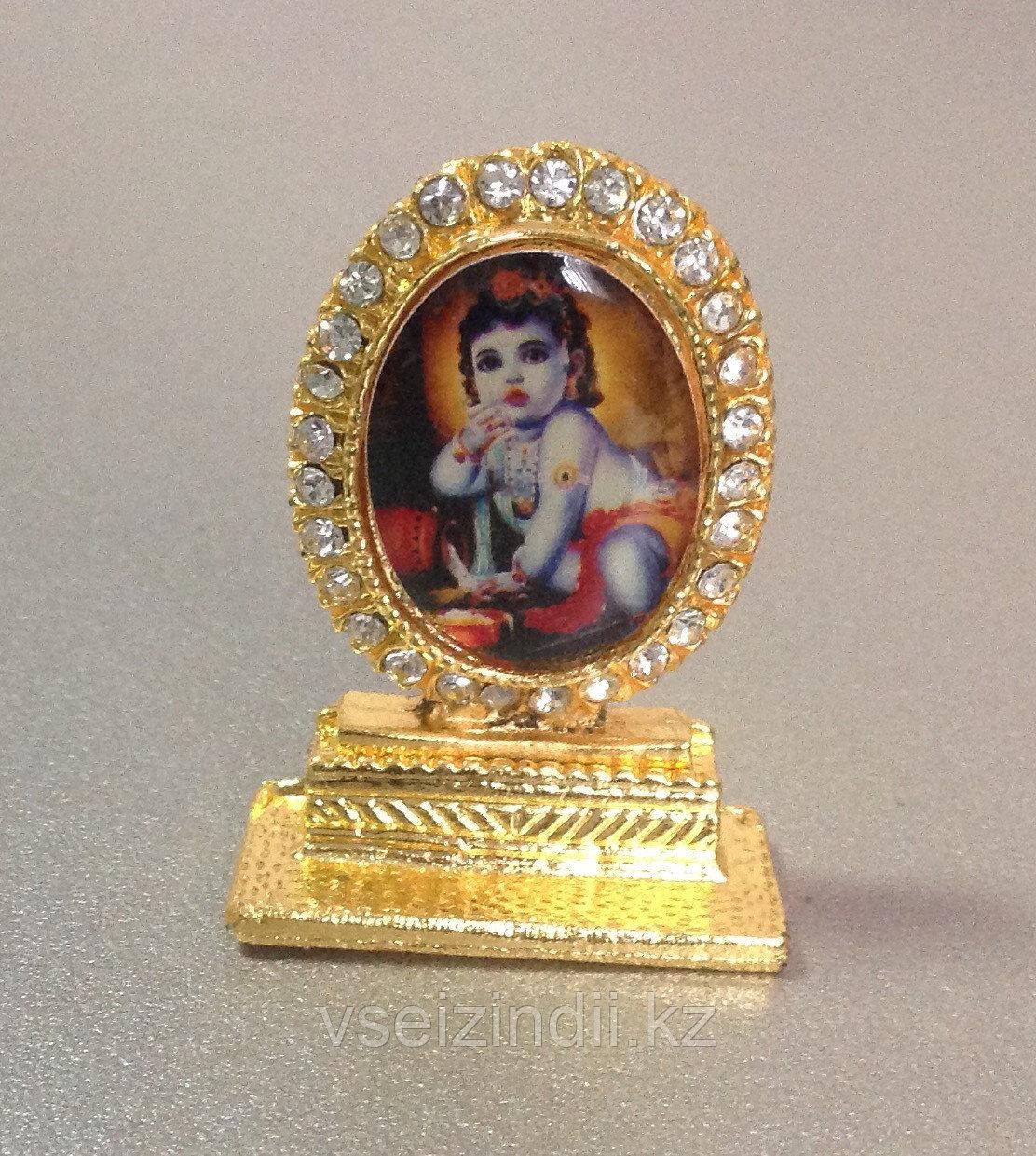 Статуэтка-образ маленький Кришна с маслом, овальная маленькая