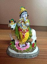 Статуэтка Кришна с коровой и флейтой