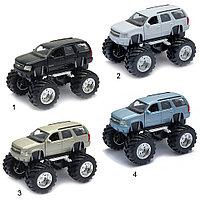 Игрушка модель машины 1:34-39 Chevrolet Tahoe Big Wheel