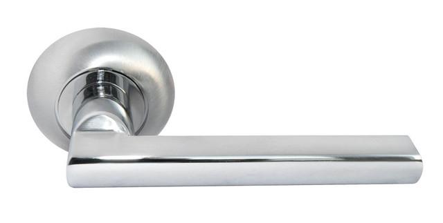 Дверная ручка Morelli MH-25 SC/CP Матовый хром/полированный хром
