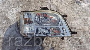 Фара передняя правая Honda Stepwgn