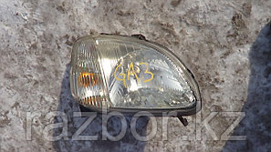 Фара передняя правая Honda Logo