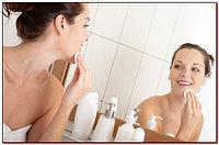 Правильное очищение кожи лица утром и вечером.