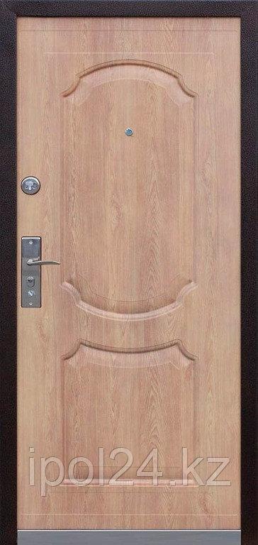 Дверь металлическая Kaiser Карпатская ель/Комби (960L) ППУ