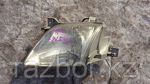 Фара передняя  левая Mazda MPV