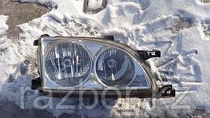 Фара передняя правая Toyota Caldina (210)