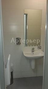 """Установка зеркал в санитарные узлы в объекте Ледовая арена на 12 000 зрительских мест в Алатауском районе """"Almaty Arena"""" 4"""