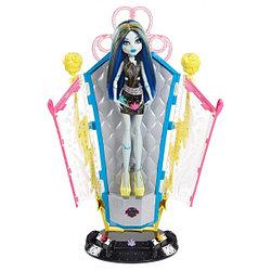 "Monster High  Игровой набор ""Фрэнки и комната"""