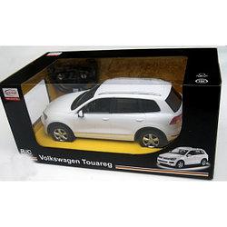 RASTAR RC Р/У Машина 1:14 49300 Volkswagen Touareg, 3 цвета в асс., 44х22х20см, свет. фары и стоп-сигналы
