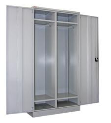 Шкаф металлический гардеробный двухстворчатый