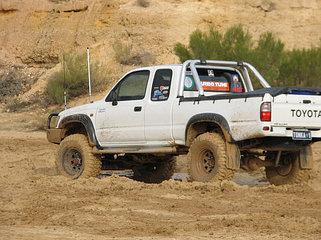 Усиленная подвеска Toyota Hilux 1997-2005