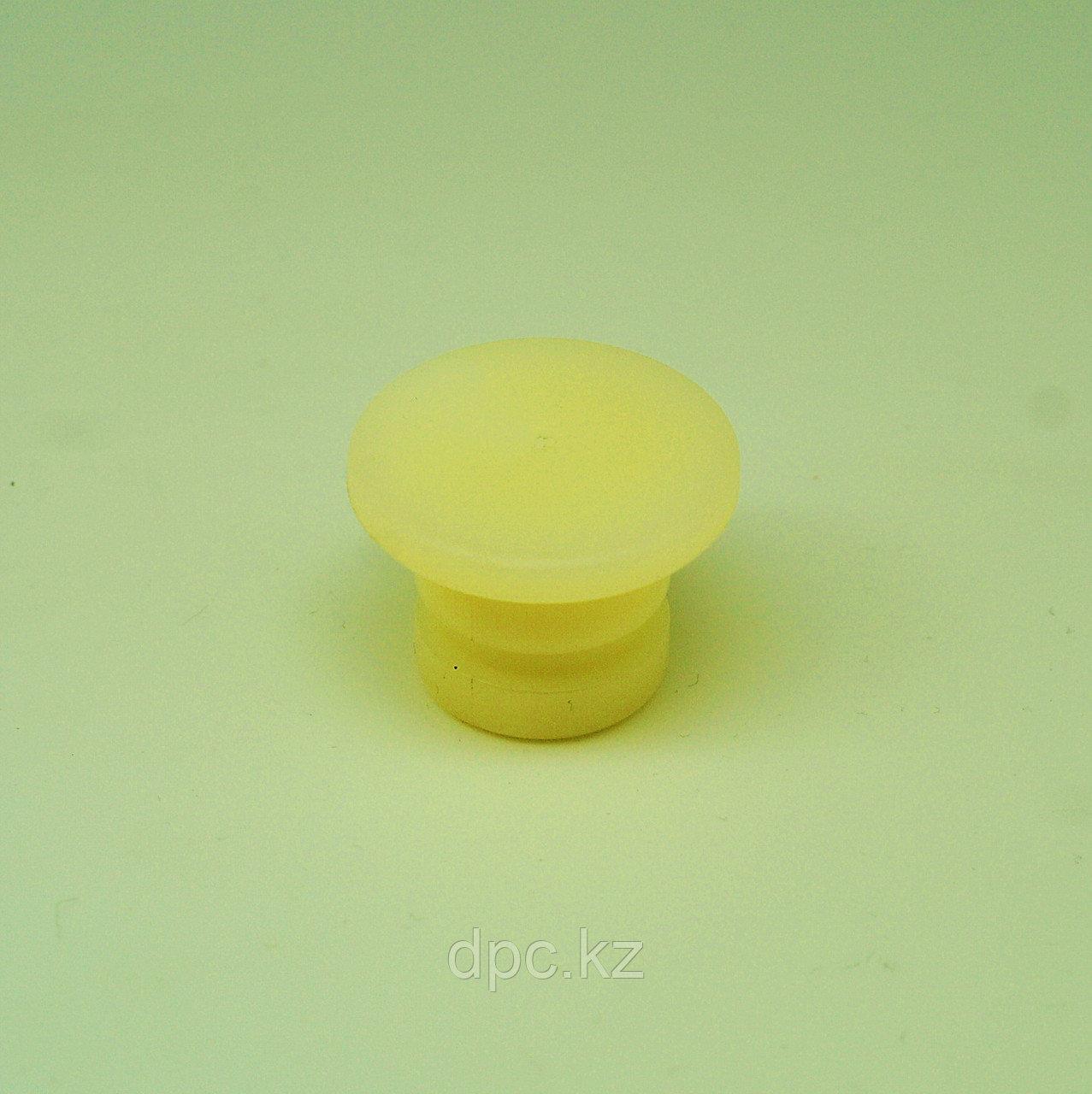 Заглушка картера маховика (пластик) Cummins ISF 2.8 3910248 3904470 3903450