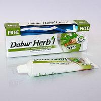 Зубная паста с нимом DABUR HERB'L TOOTH PASTE NEEM 150 гр + Зубная щетка в подарок