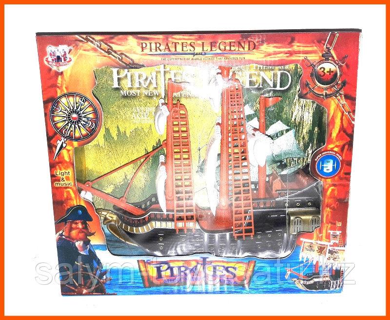 Игрушечный Пиратский корабль