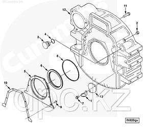 Крышка двигателя (задняя) Cummins 6CT ISLe 3933384 3921042 3907535