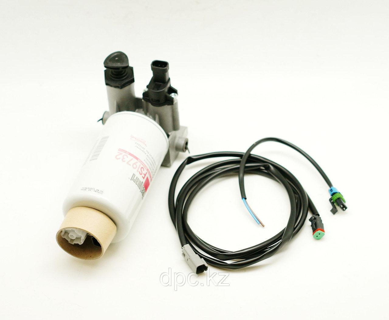 Фильтр топливный в сборе Fleetguard FH21045