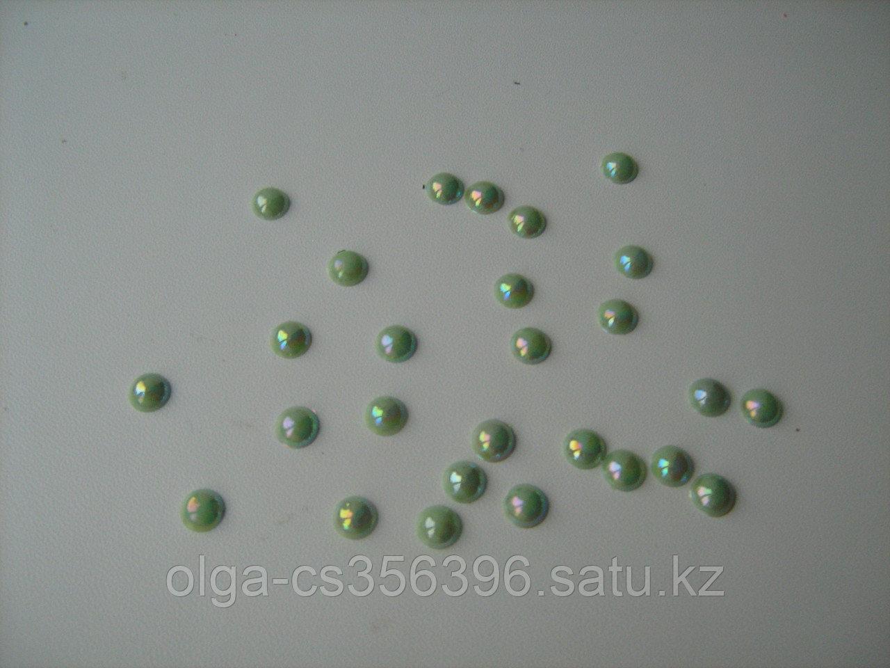 Полубусины-жемчуг(цв.зеленый-перламутр) 8 мм Creativ