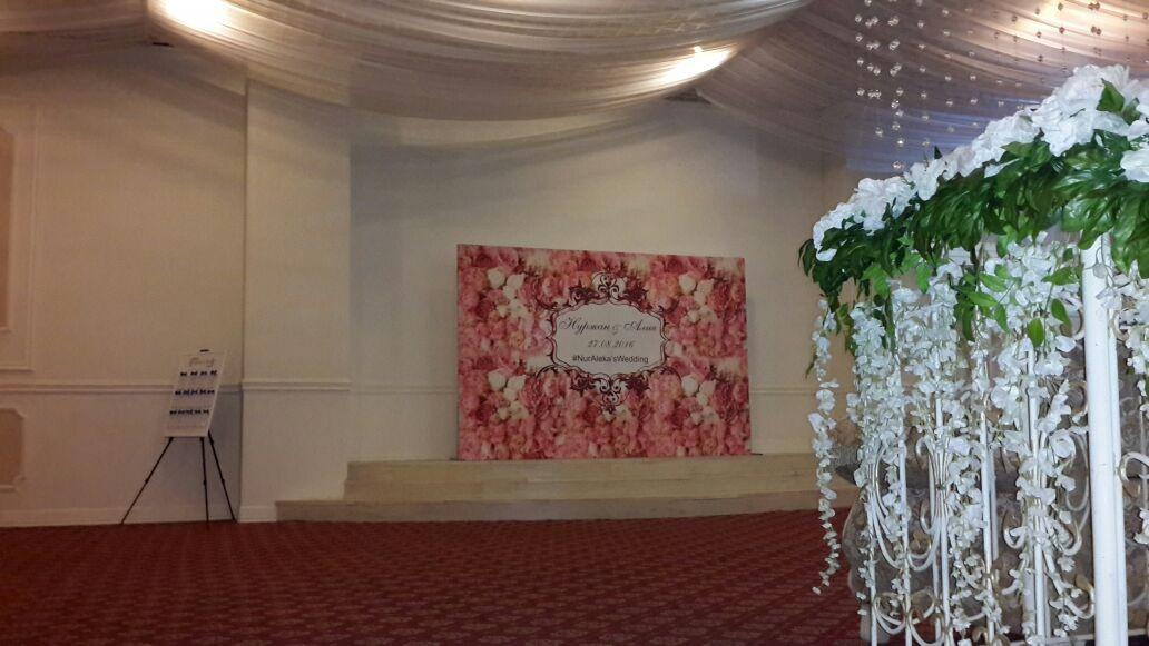 Пресс стена на свадьбу или юбилей в аренду