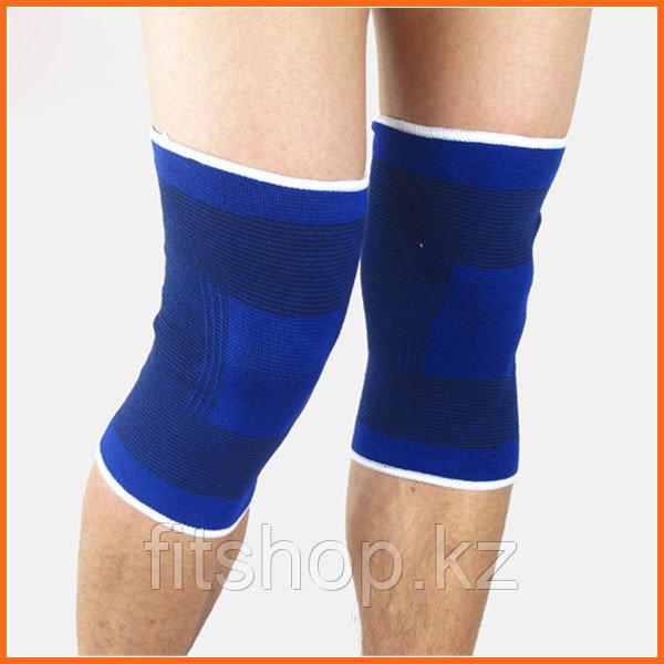 Эластичный бандаж для коленного сустава
